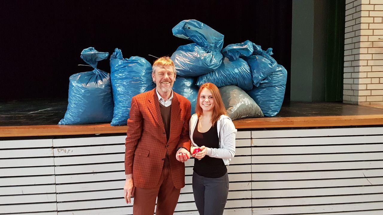 Gymnasium an der willmsstra e for Plastikdeckel spenden